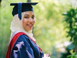 Model Jilbab Wisuda