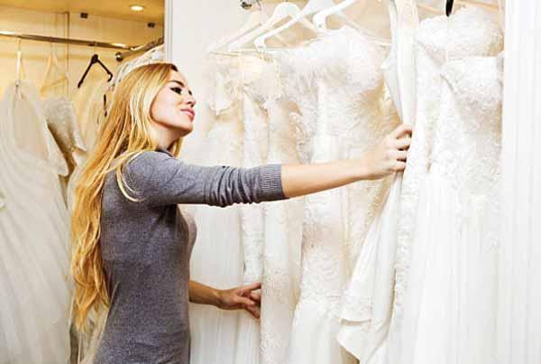Stop Menggunakan Baju Ini Keacara Pernikahan